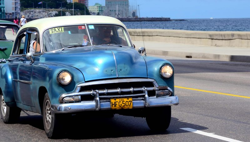 backpacker transport in Cuba