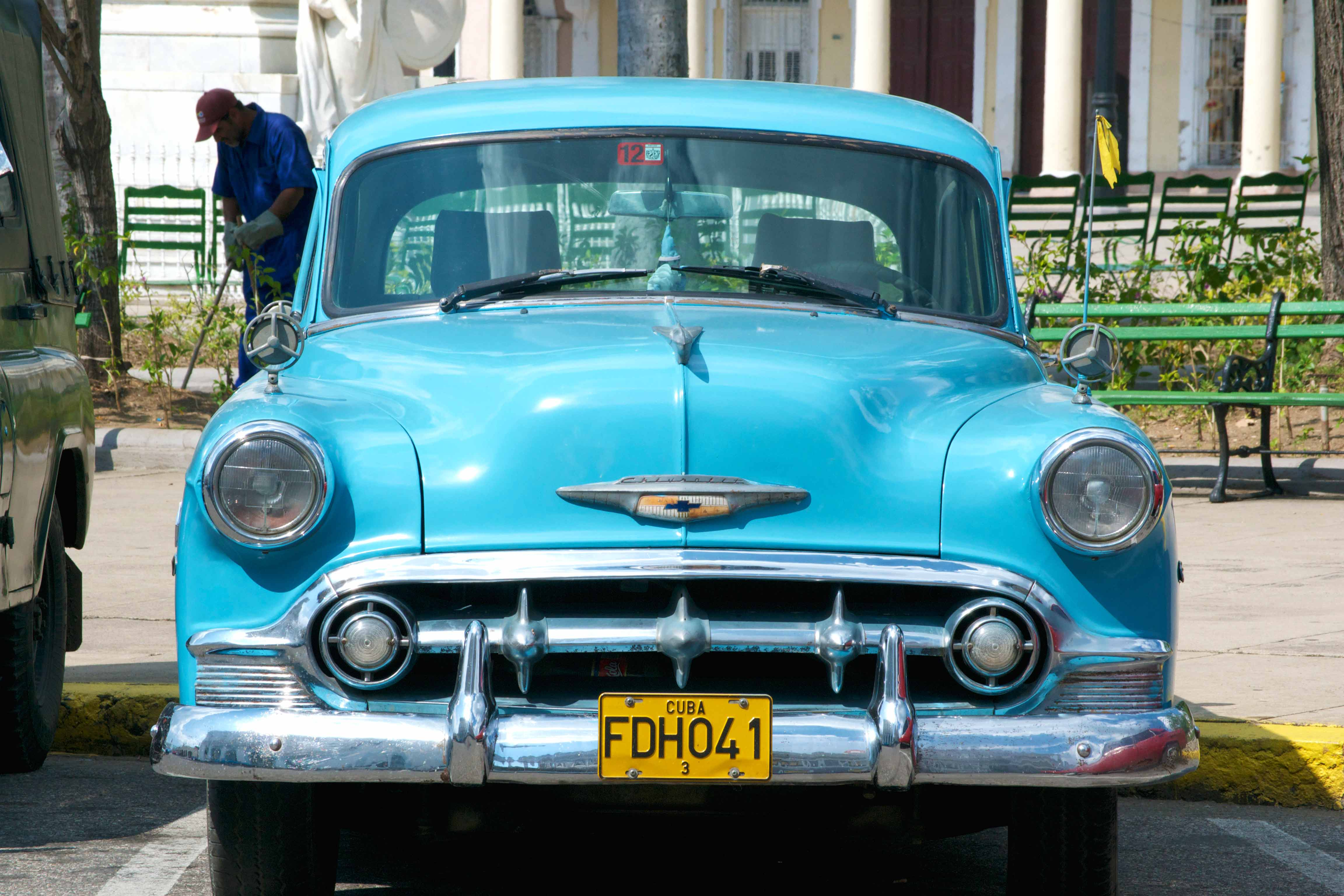 Classic Cars in Cuba | Don\'t Forget To Move