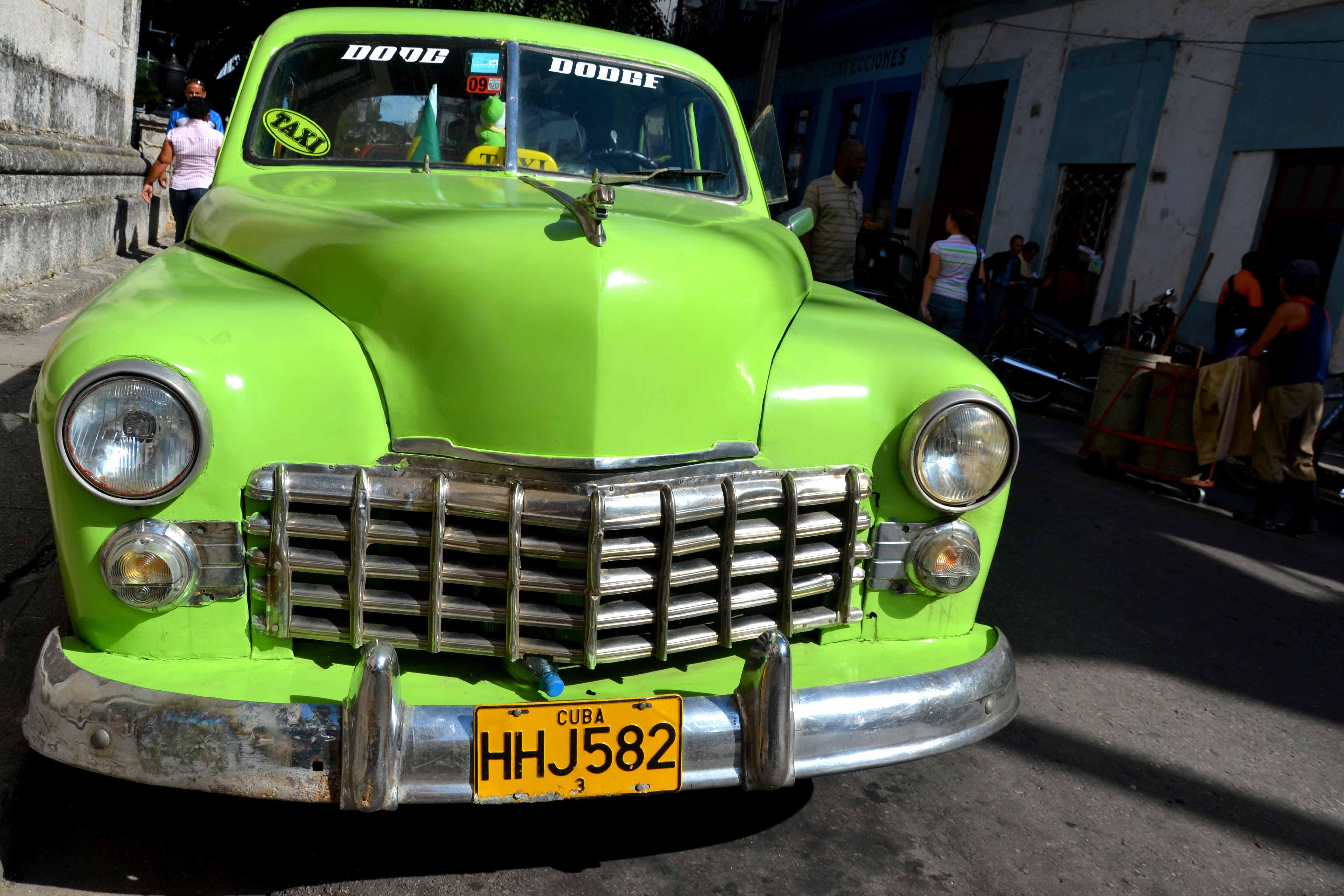 Clic Cars In Cuba