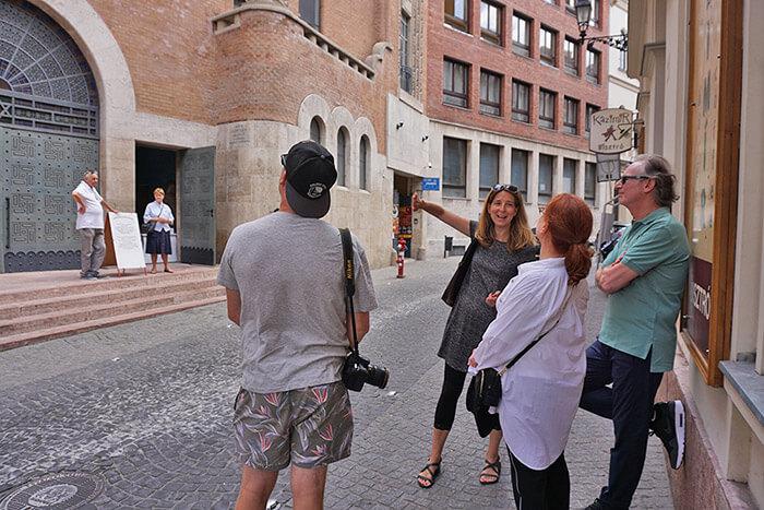 jewish history walking tours budapest