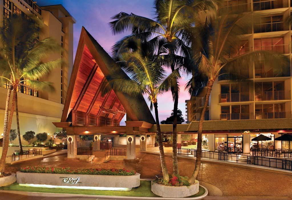 best hotel layover Honolulu Hawaii