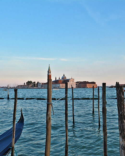 Venice Italy gondola tours