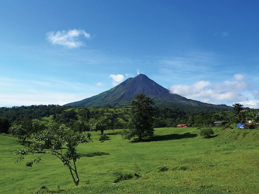volcano hikes Costa Rica