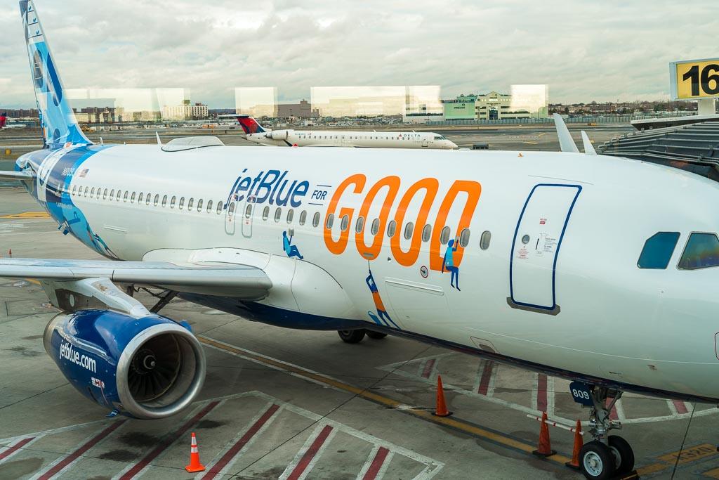jet blue for good plane