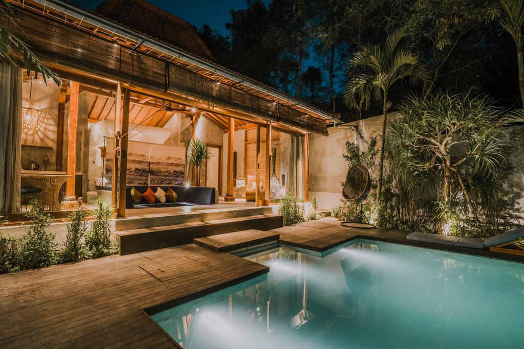 best luxury villa in Canggu Bali