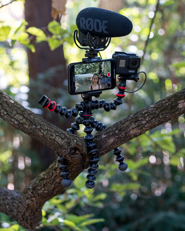 best vlogging phone tripods