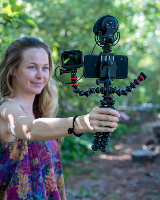 phone tripods for vlogging